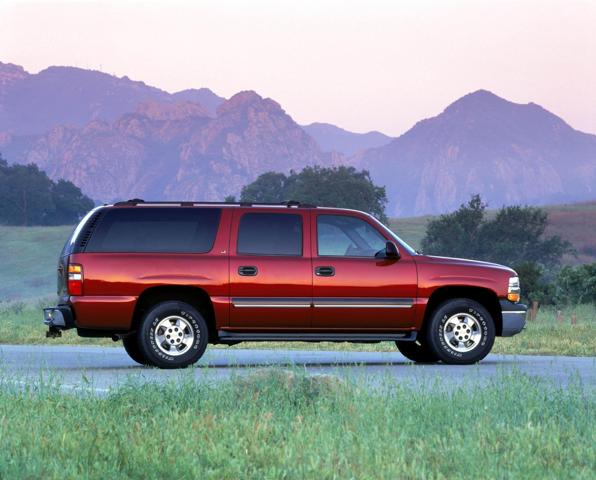 2002 Chevrolet Suburban Pictures, History, Value, Research ...