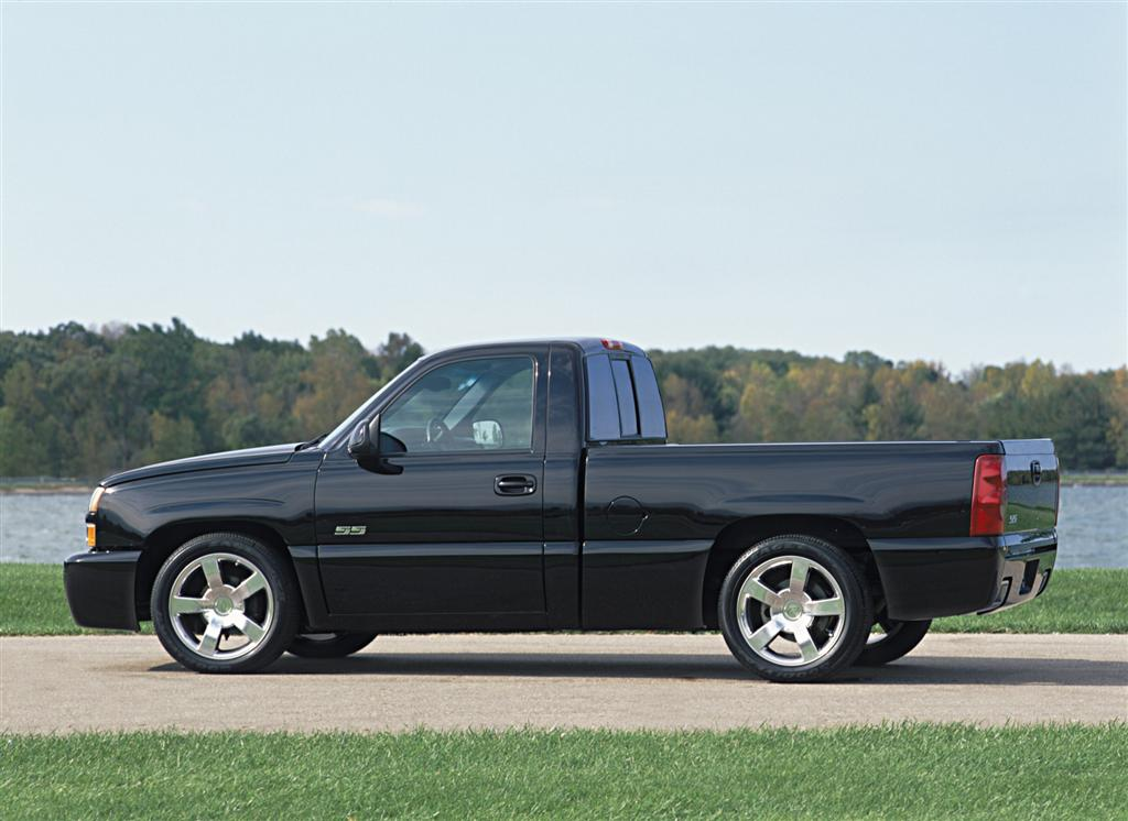 2003 chevrolet silverado. Black Bedroom Furniture Sets. Home Design Ideas