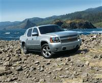 2012 Chevrolet Avalanche image.