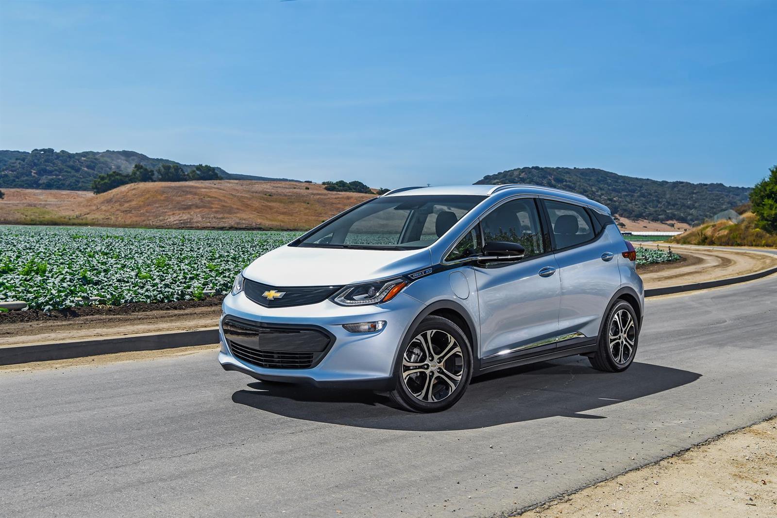 http://www.conceptcarz.com/images/Chevrolet/2017-Chevy-Bolt-driving-range-025-1600.jpg