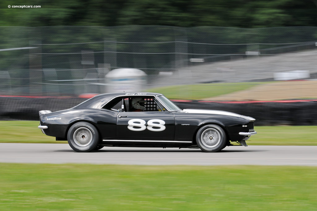 1967 chevrolet camaro series at the mid ohio vintage grand prix. Black Bedroom Furniture Sets. Home Design Ideas