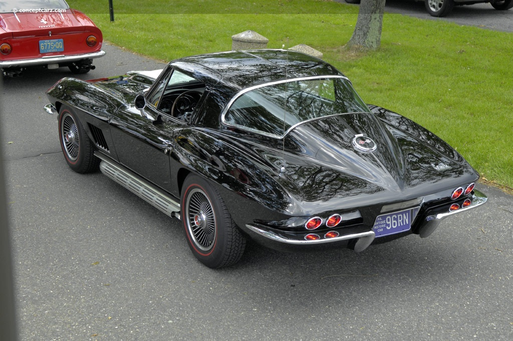 1967 chevrolet corvette c2 at the concours d 39 elegance of the eastern united states. Black Bedroom Furniture Sets. Home Design Ideas