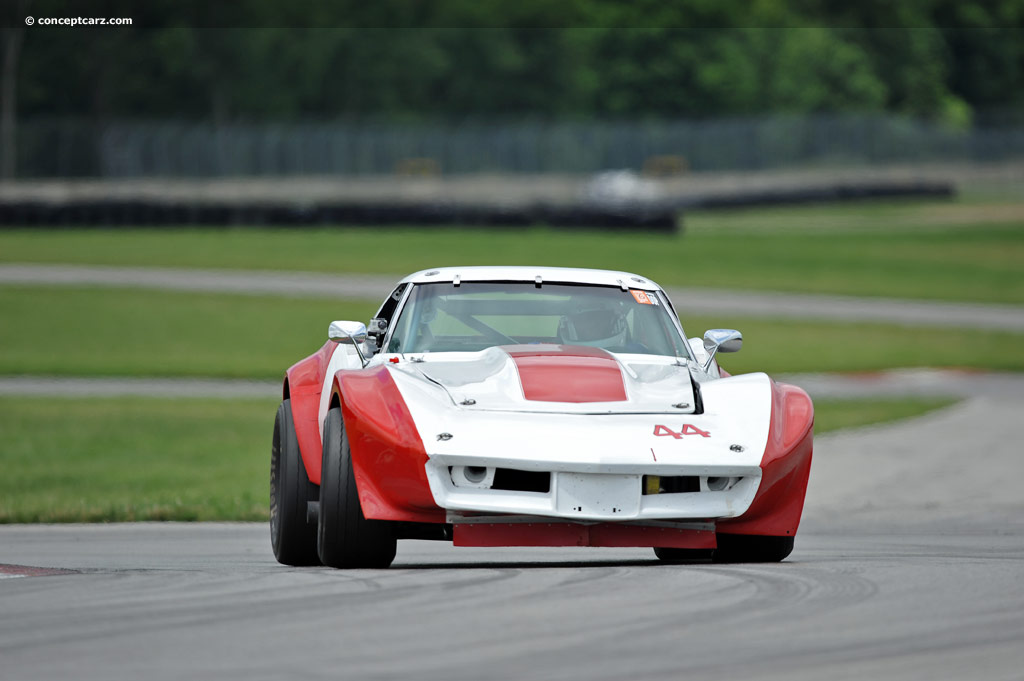 1972 chevrolet corvette c3 at the mid ohio vintage grand prix. Black Bedroom Furniture Sets. Home Design Ideas