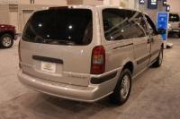 2004 Chevrolet Venture image.