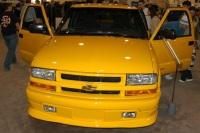 2003 Chevrolet S-10 image.