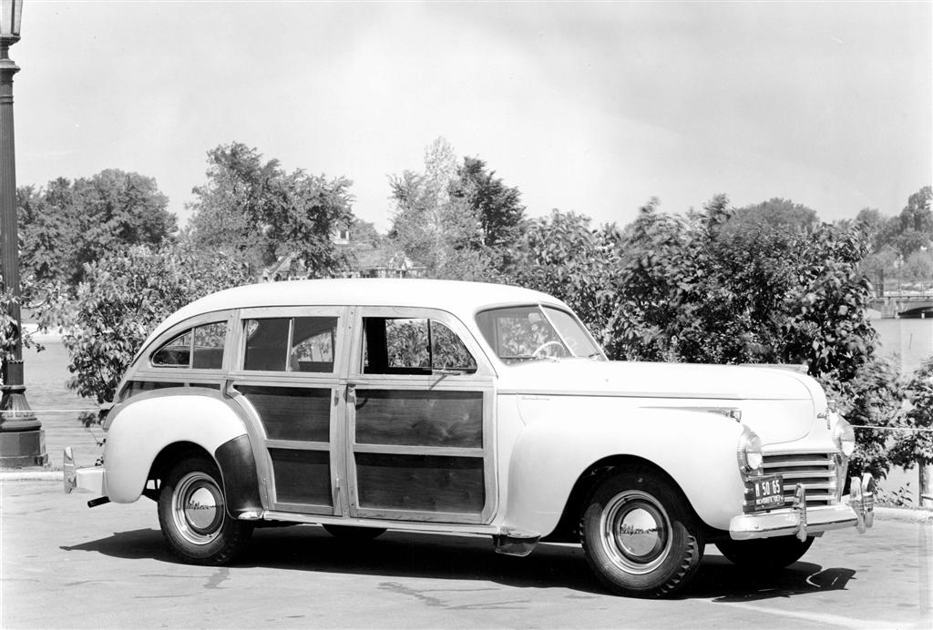 1941 Chrysler Town and Country - conceptcarz.com