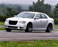 2012 Chrysler 300 SRT8 image.