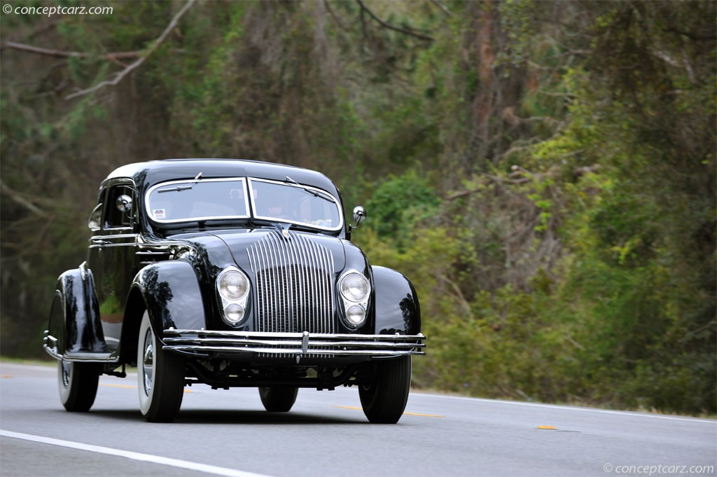 Chrysler Imperial Airflow Series CV pictures and wallpaper