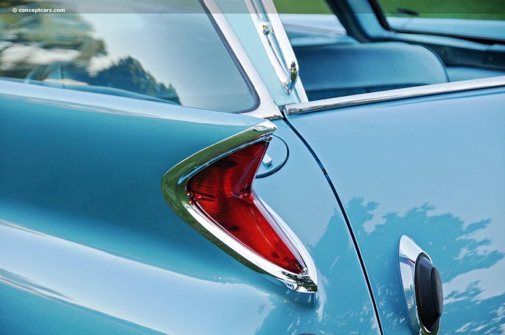 1961 Chrysler New Yorker Image