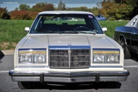 1987 Chrysler Fifth Avenue image.