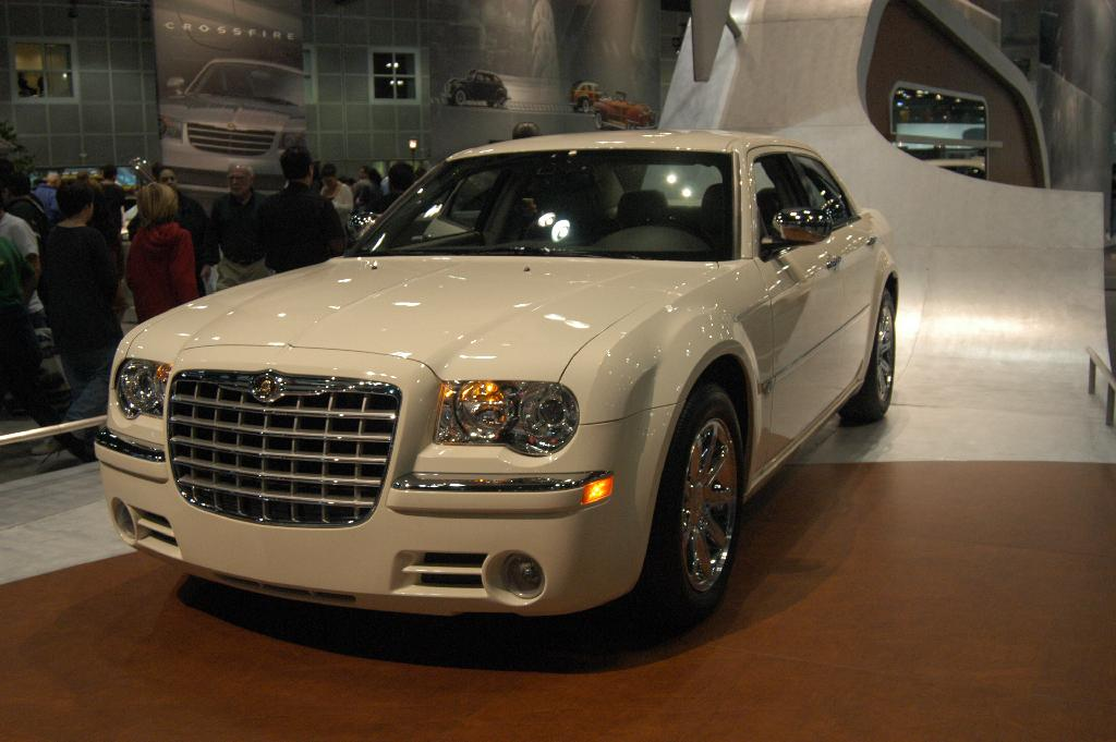 auction results and data for 2005 chrysler 300. Black Bedroom Furniture Sets. Home Design Ideas