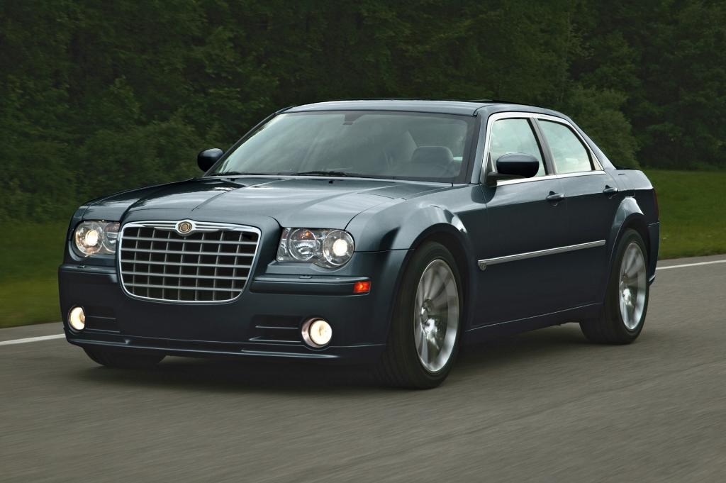 2008 Chrysler 300 Information