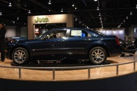 2005 Chrysler 300 image.