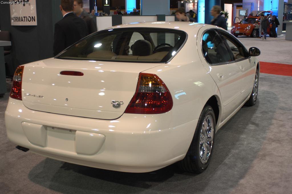 2003 Chrysler 300M Images. Photo: chrysler_300m_dc_01.jpg