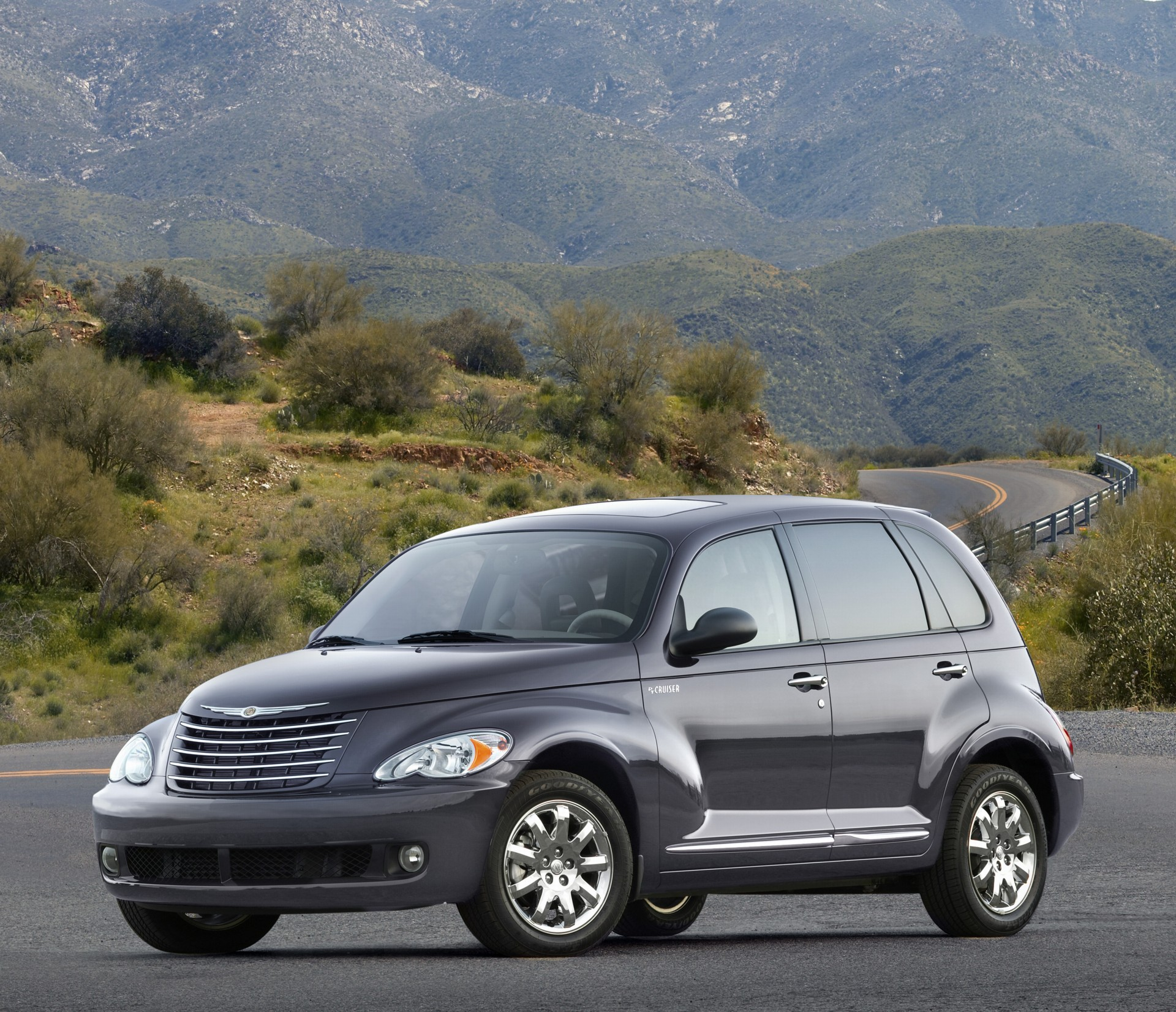 2007 chrysler pt cruiser pictures history value. Black Bedroom Furniture Sets. Home Design Ideas