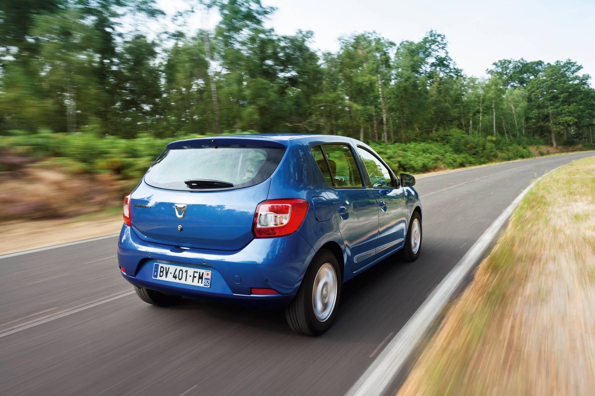 Future Dacia Sandero >> 2013 Dacia Sandero Stepway Images. Photo Dacia-Sandero-Stepway-2013-Image-09.jpg