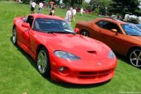 2002 Dodge Viper GTS image.