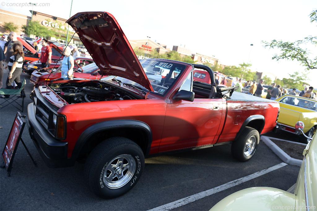 Ebay as well A Ca Dd Db Da Eed D E also Mercedes Sl Convertible Mercedes Benz Lgw also Lrehsnveebgu Bsnb also Img K D Ki Crr. on 89 dodge dakota sport convertible