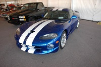 1996 Dodge Viper image.