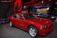 2008 Dodge Avenger image.