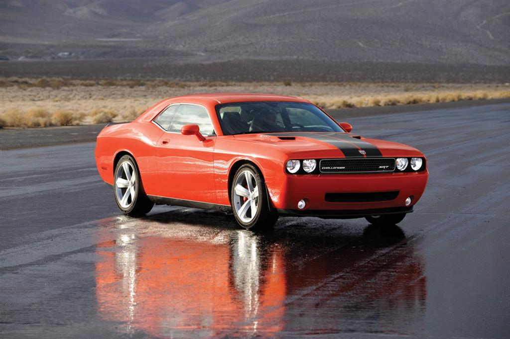 2008 dodge challenger srt8. Black Bedroom Furniture Sets. Home Design Ideas