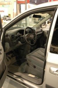2006 Dodge Caravan image.
