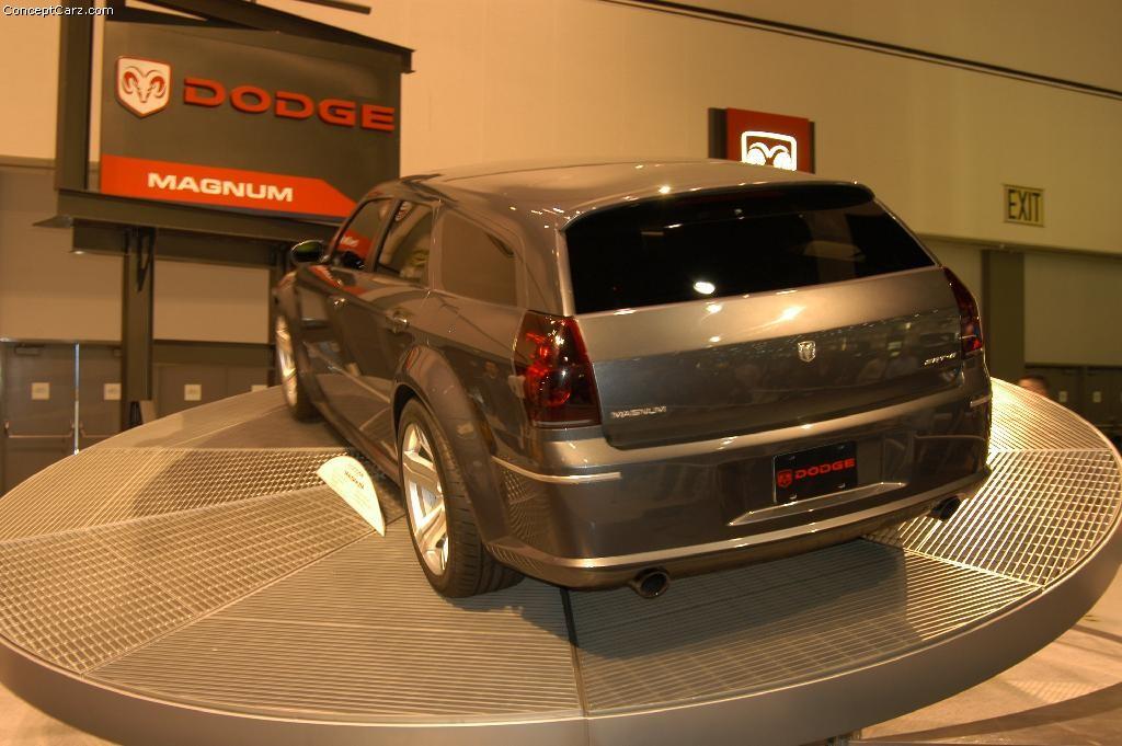 2003 Dodge Magnum SRT 8  conceptcarzcom