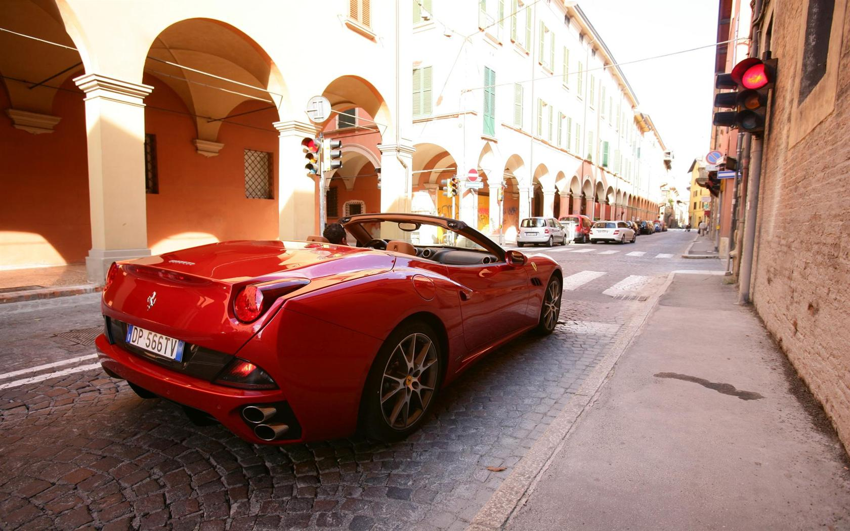 2012 Ferrari California Image