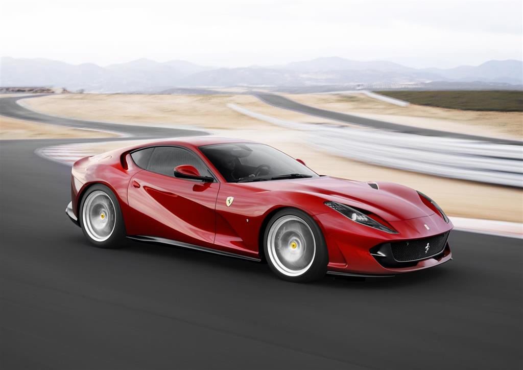 Ferrari 812 Superfast pictures and wallpaper