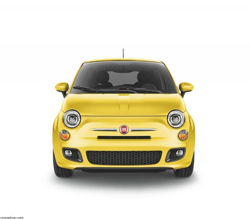 2012 Fiat 500 Wallpaper
