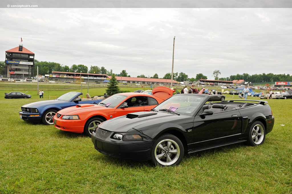 2002 ford mustang at the mid ohio vintage grand prix. Black Bedroom Furniture Sets. Home Design Ideas