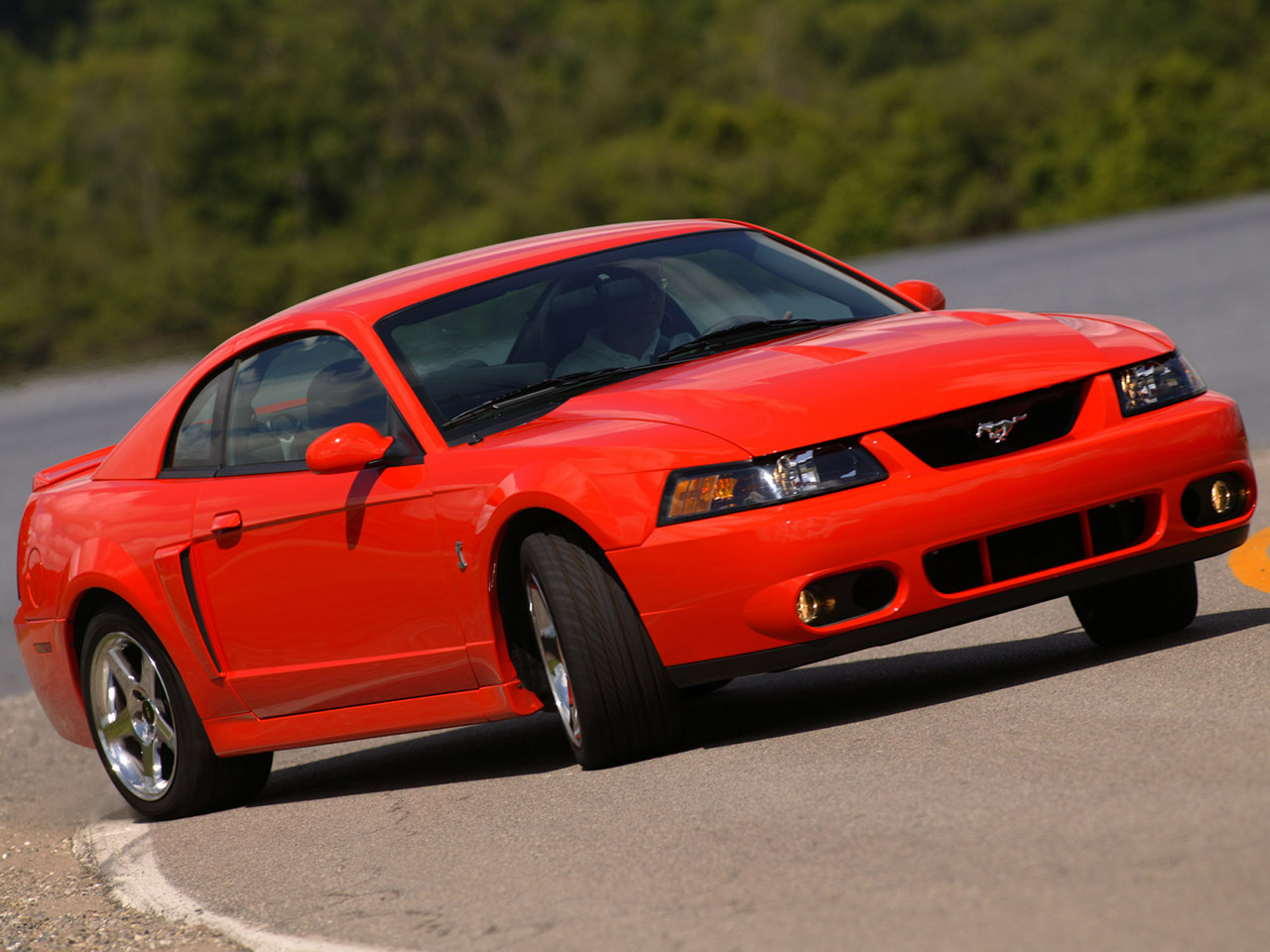 Ford mustang 1999 2004
