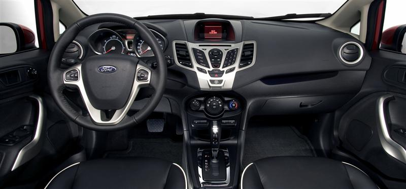2011 Ford Fiesta Image
