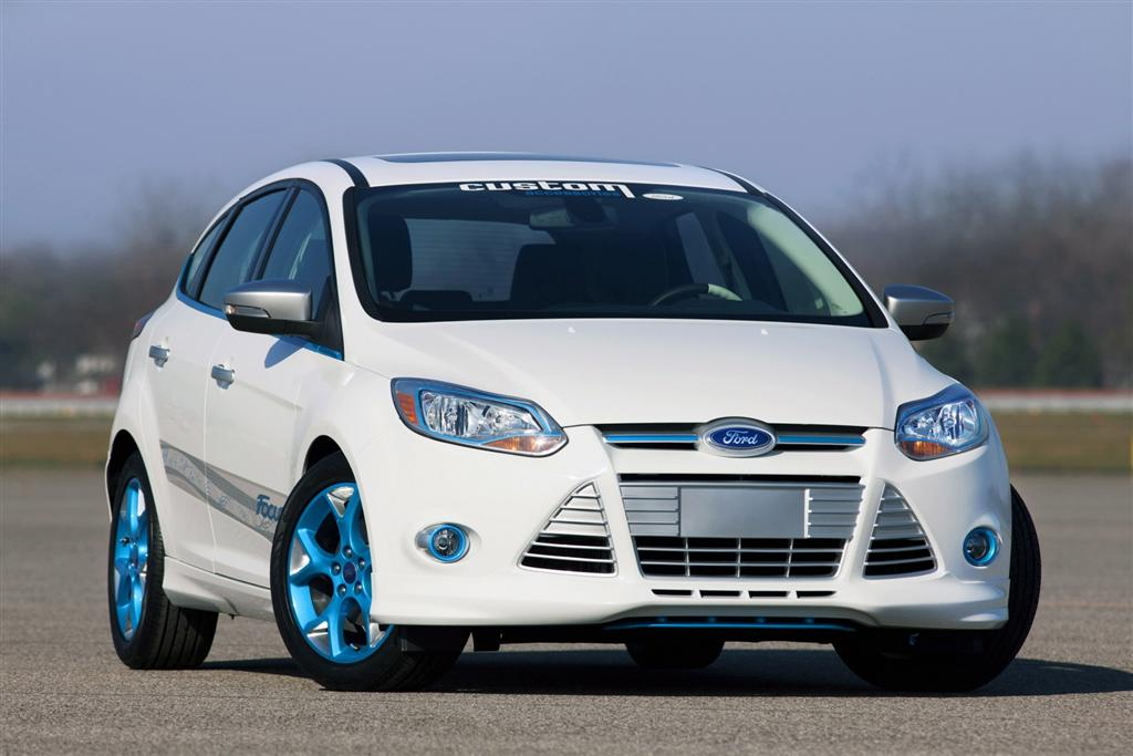 Ford Fiesta St White Black Wheels