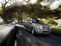 2012 Ford Expedition image.