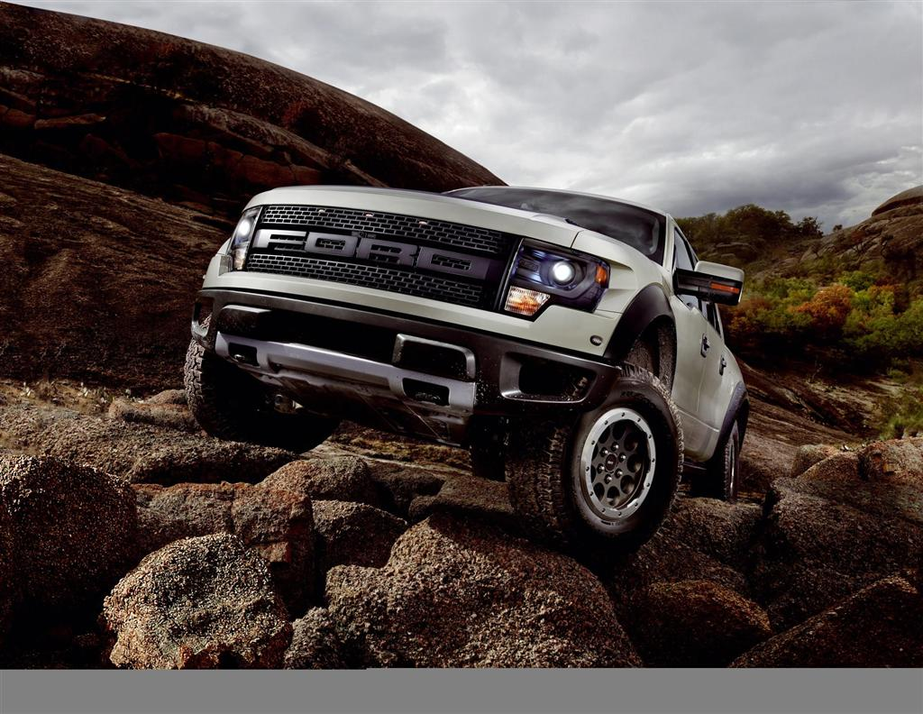 2013 ford f 150 svt raptor. Black Bedroom Furniture Sets. Home Design Ideas