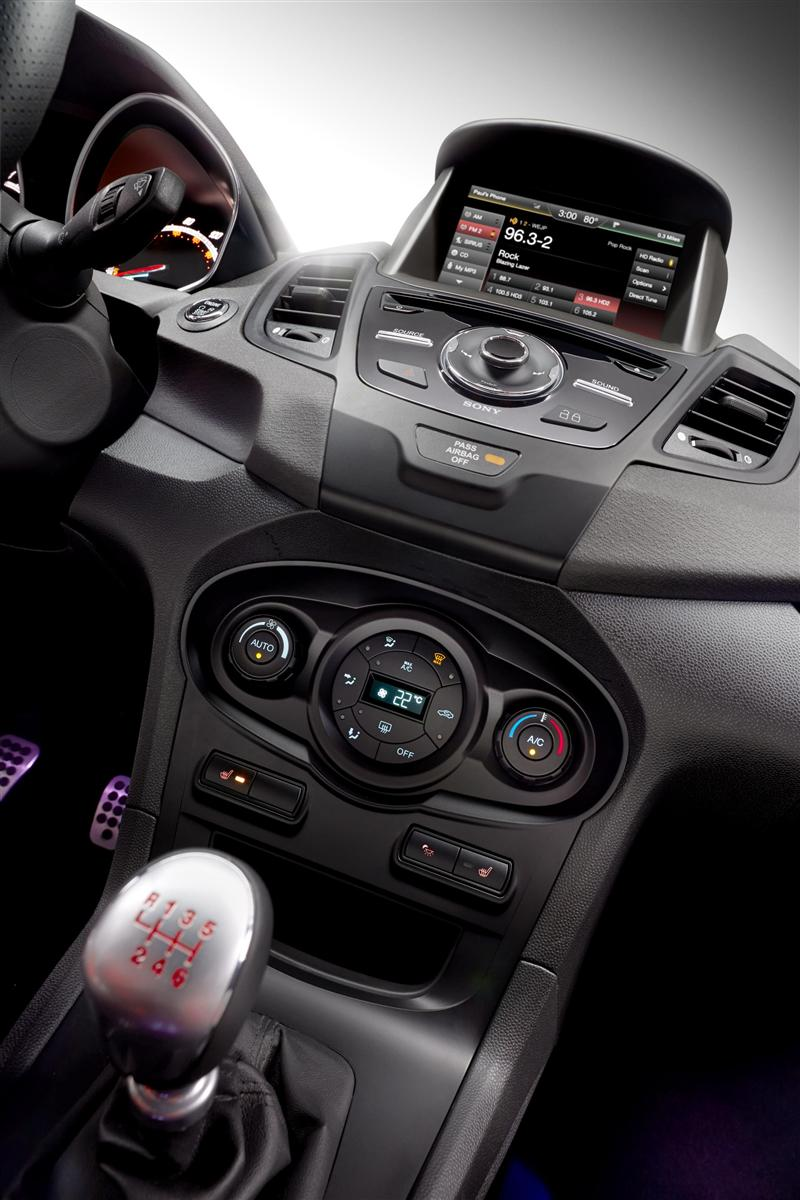 2014 Ford Fiesta ST Image