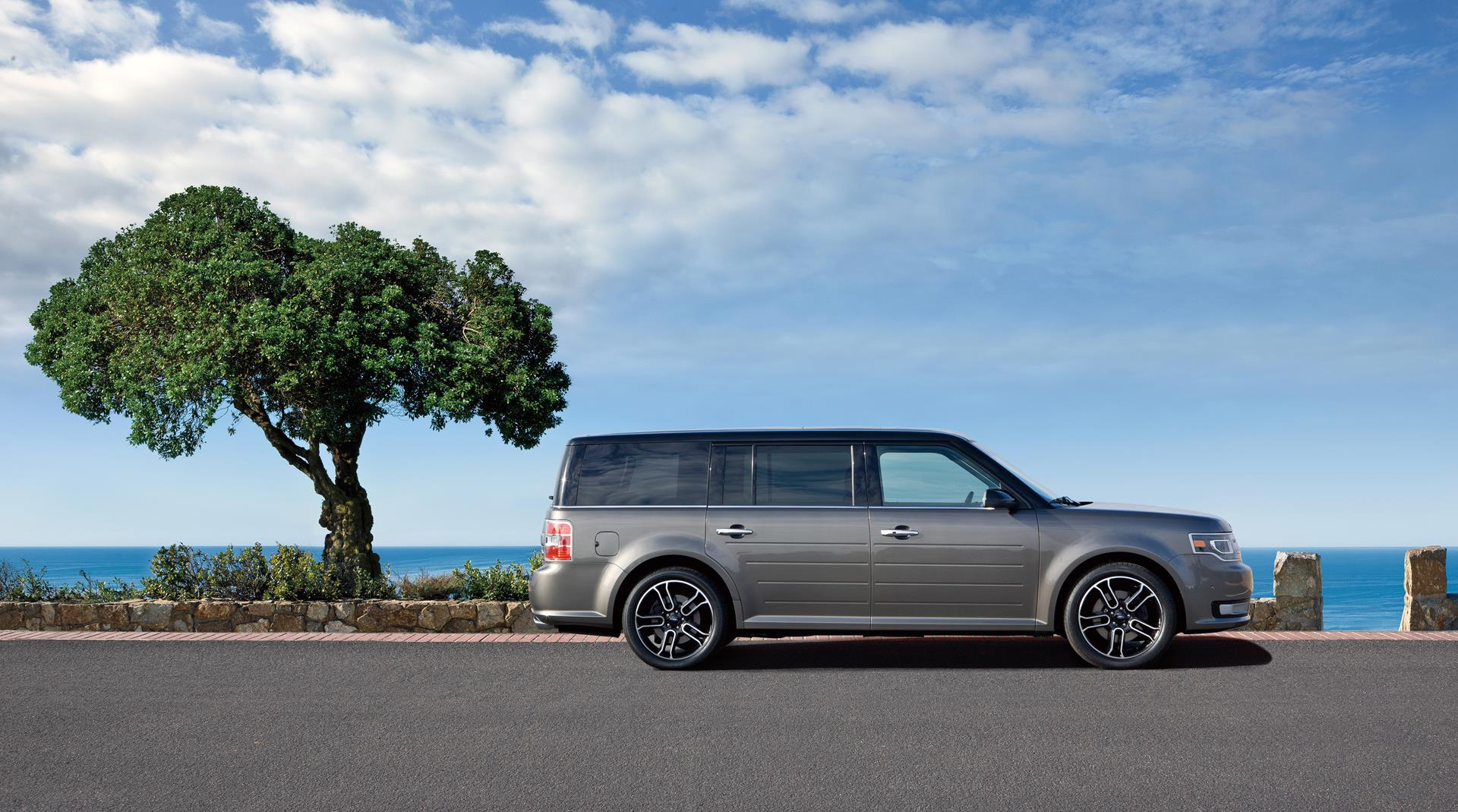 2015 Ford Flex Technical Specifications and data. Engine, Dimensions