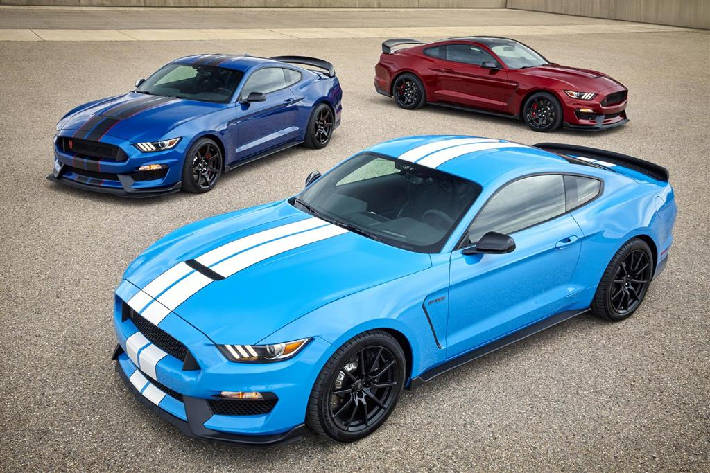Ford Mustang Shelby GT350 pictures and wallpaper