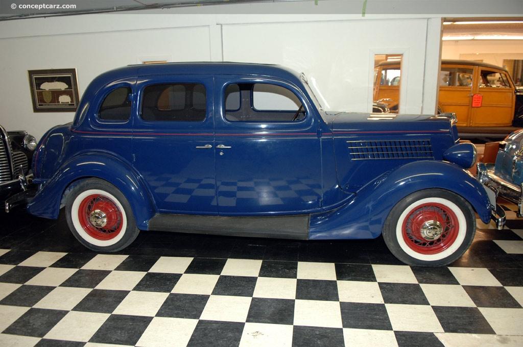1935 ford model 48 eight v 8 deluxe phaeton tudor for 1935 ford 4 door