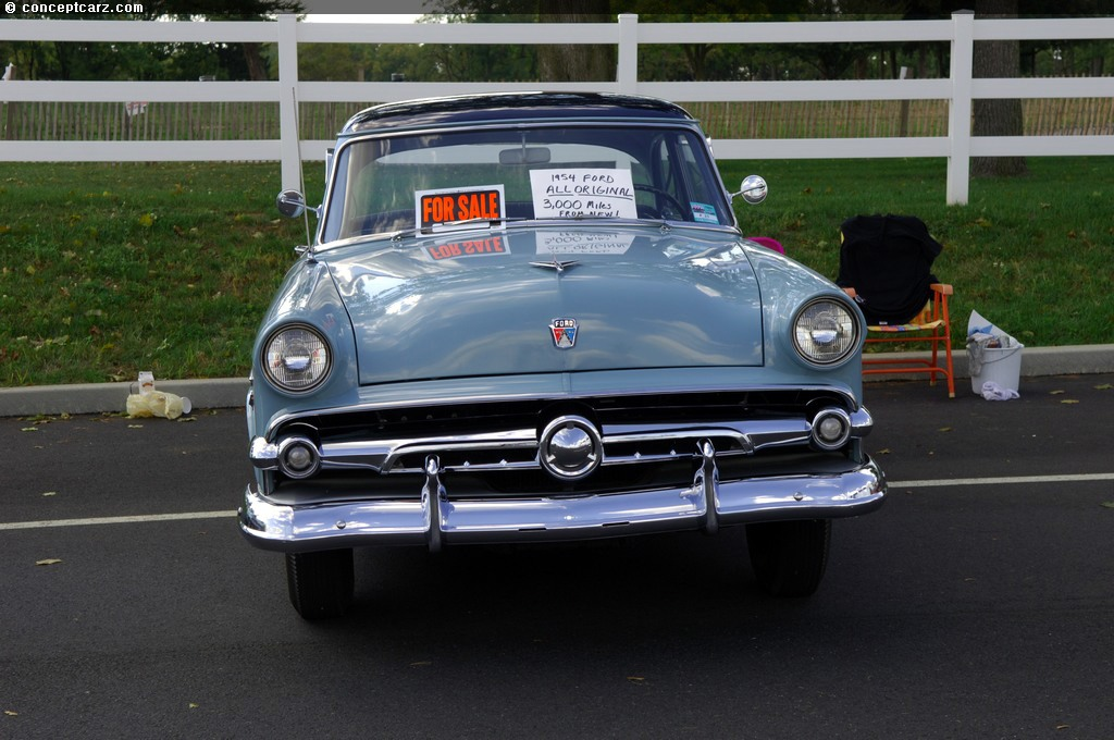 1954 Ford Customline Technical Specifications and data Engine