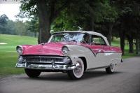 1955 Ford Fairlane image.