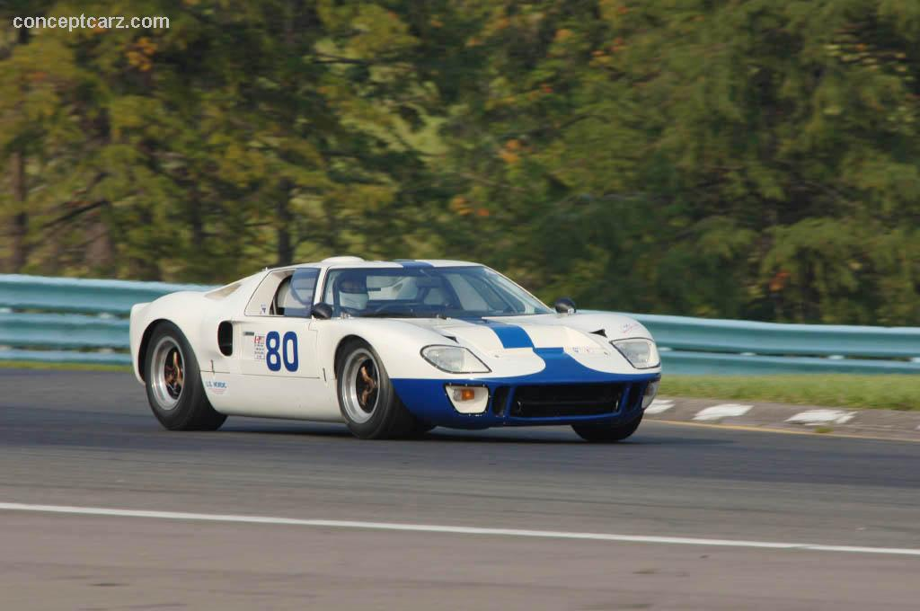 1966 ford gt40 at the zippo u s vintage grand prix at. Black Bedroom Furniture Sets. Home Design Ideas