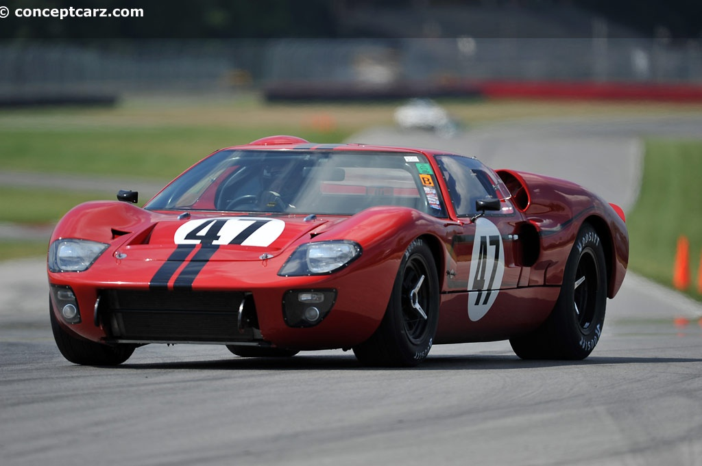 1967 ford gt40 at the mid ohio vintage grand prix. Black Bedroom Furniture Sets. Home Design Ideas