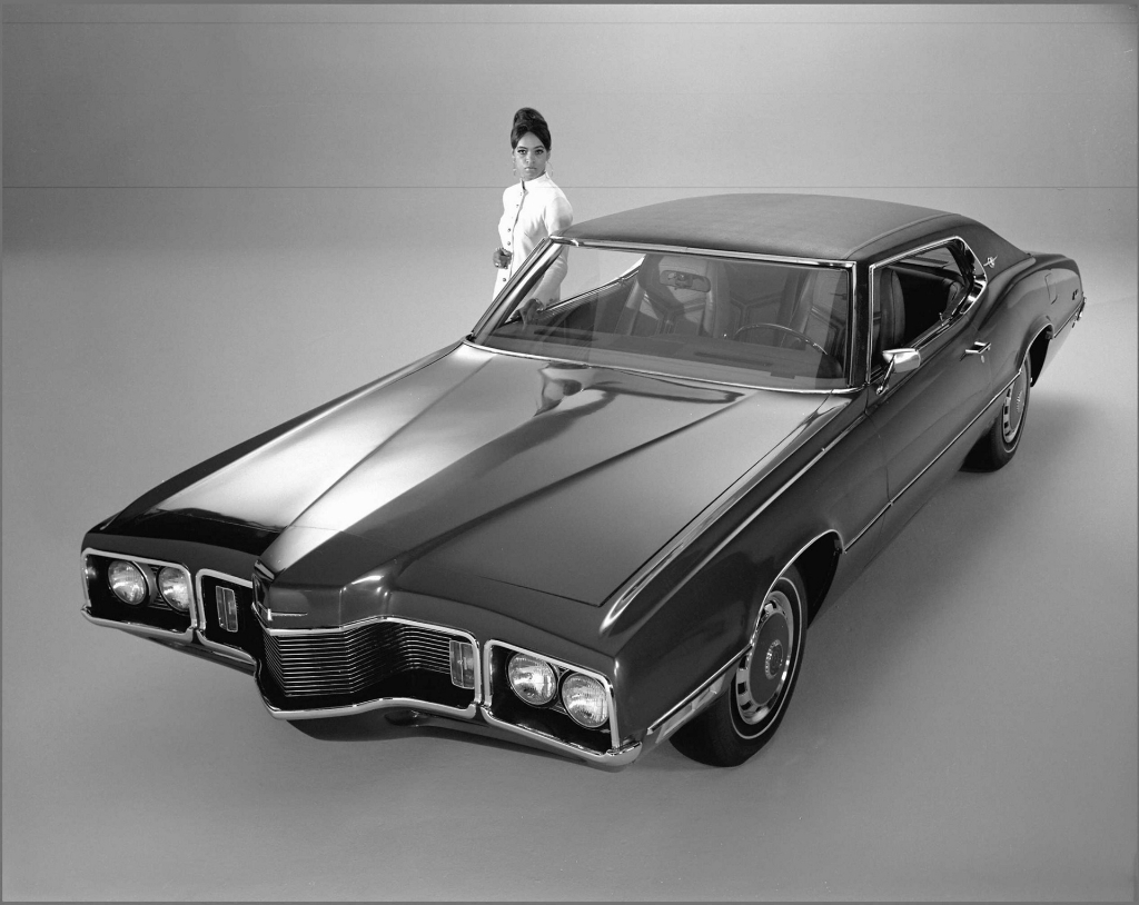 1970 ford thunderbird pictures history value research news. Black Bedroom Furniture Sets. Home Design Ideas