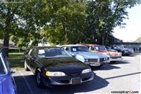 1995 Ford Thunderbird image.