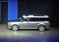 2010 Ford Flex EcoBoost image.
