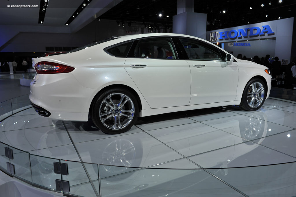 2013 ford fusion image