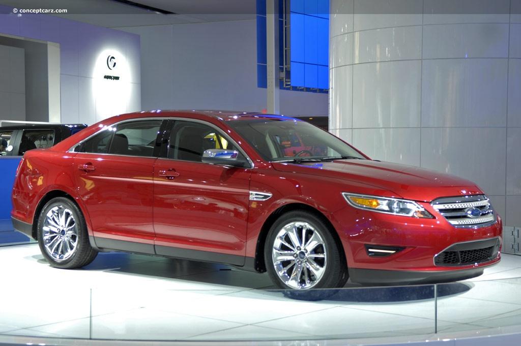 2010 Ford Taurus Image