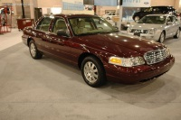 2006 Ford Crown Victoria image.